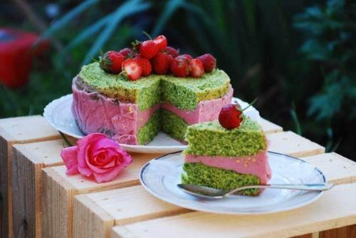 Шпинатний торт