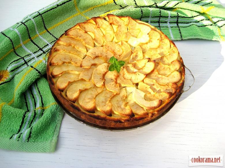 Запеченный творог с яблоками