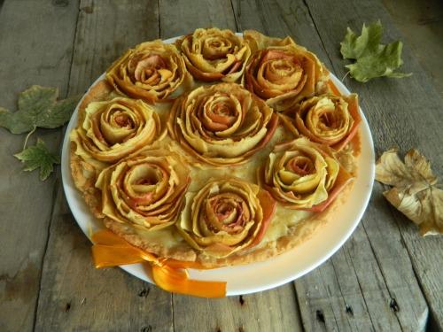«Миллион желтых роз»  -  яблочный  пирог для кукорамовцев!
