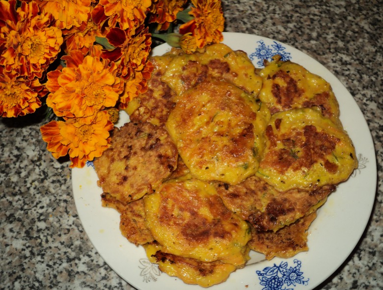 Pumpkin fritters with cheese