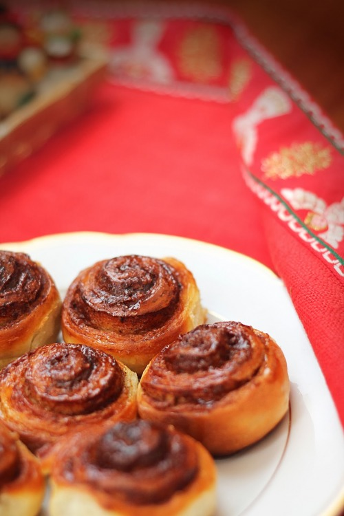 Франзольки з корицею та цукром (французькі булочки)