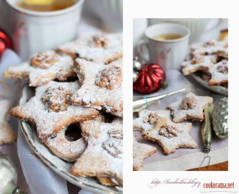 Новорічне печиво з горіхами та іншими вкусняшками