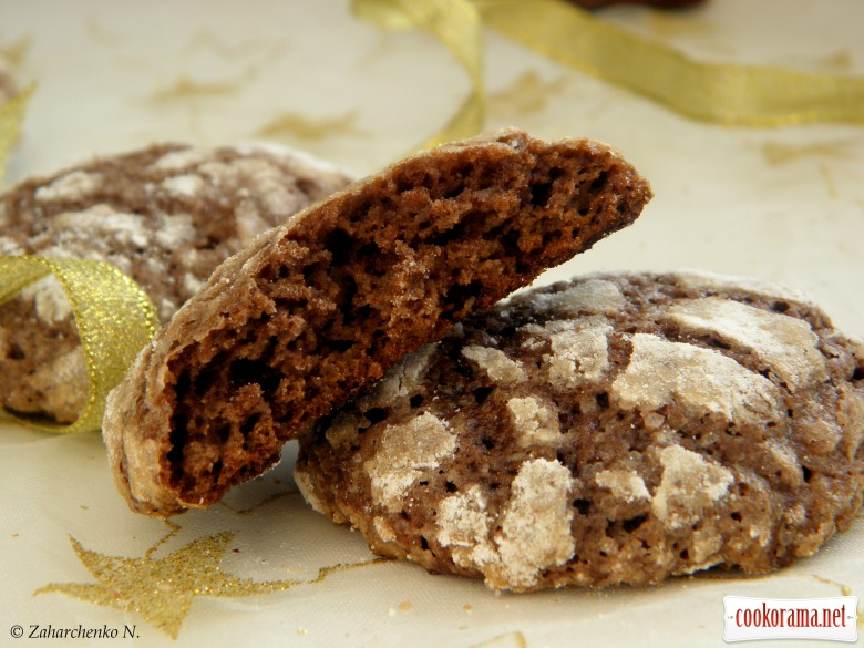 Шоколадне печиво з хрусткою скоринкою