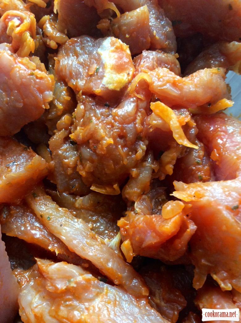 М'ясо по-грецьки «Gyros» в хлібному конверті з йогуртово-часниковим соусом