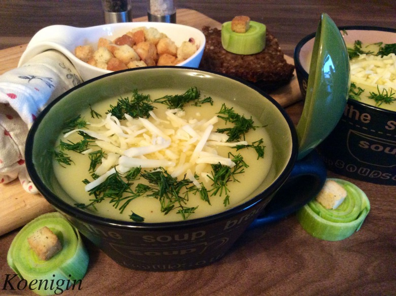 Cream soup with potatoes and leeks