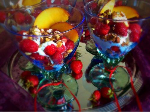 Десерт Клубника со сливками