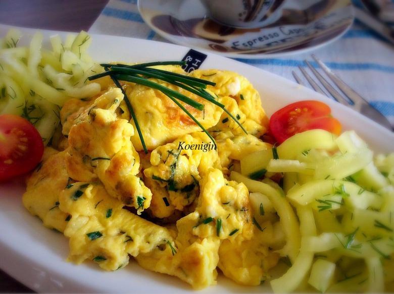 Rührei або німецька яєчня