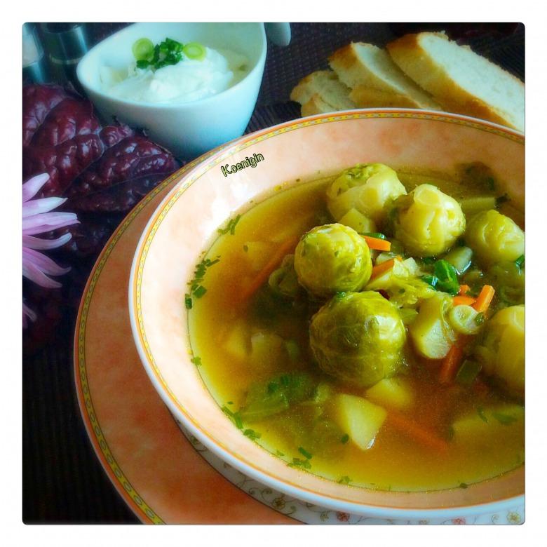 Суп із брюссельської капусти