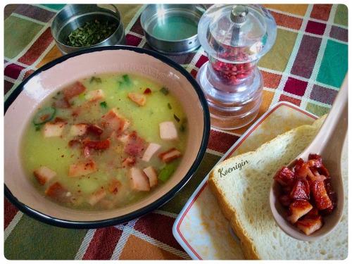 Суп картопляний з беконом і копченою грудинкою