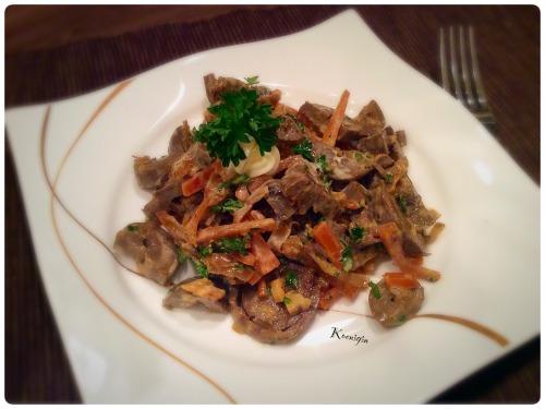Салат із серця з овочами