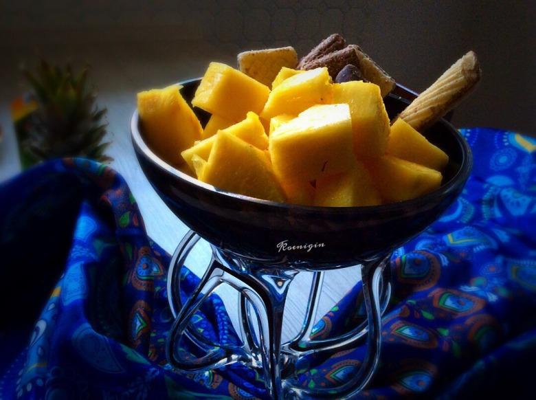 Ананас: як вибрати, як нарізати і 5 причин купити цей фрукт