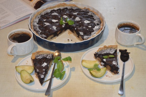 Chocolate tarte with pears