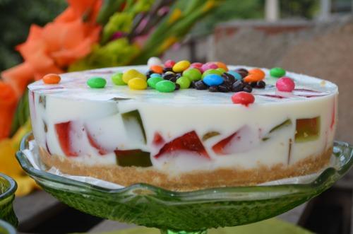 """Йогуртовый торт аля """"Битое стекло"""""""