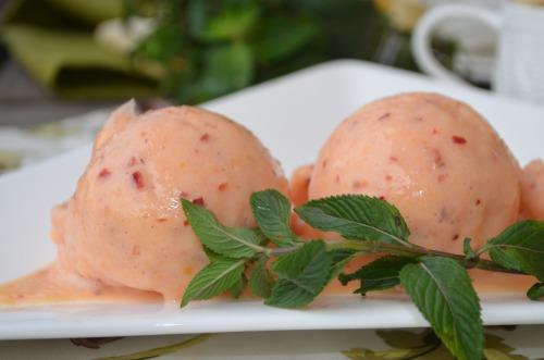 Заморожений персиковий десерт, або Морозиво від Джеймі