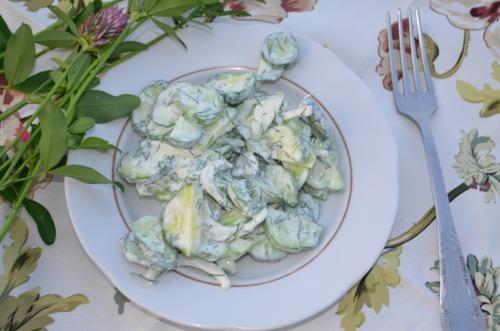Огуречный салат по-турецки
