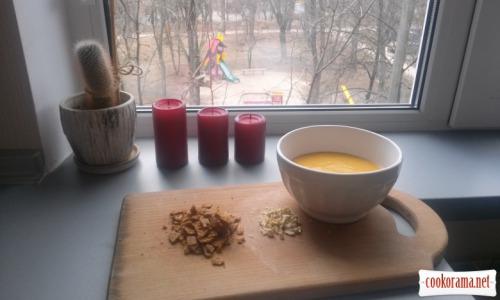 Pumpkin-cheese cream-soup