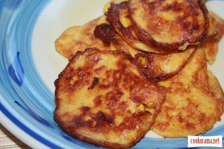 Carrot-corn  pancakes or «sweetcorn fritters»