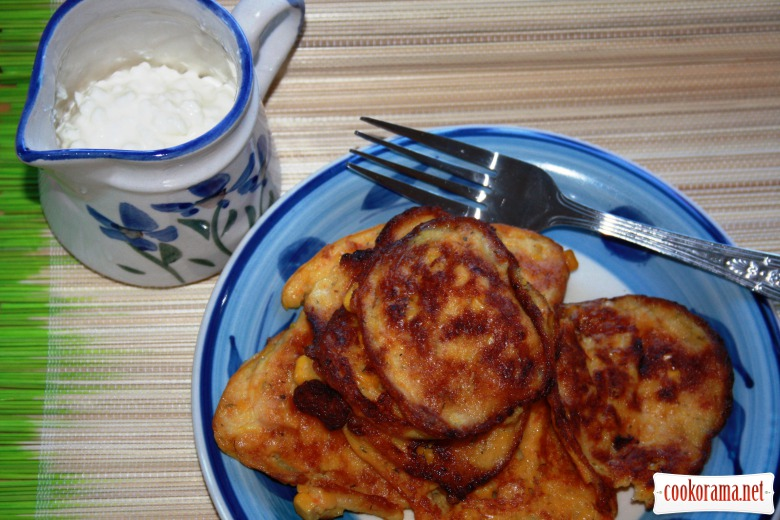 "Carrot-corn  pancakes or ""sweetcorn fritters"""