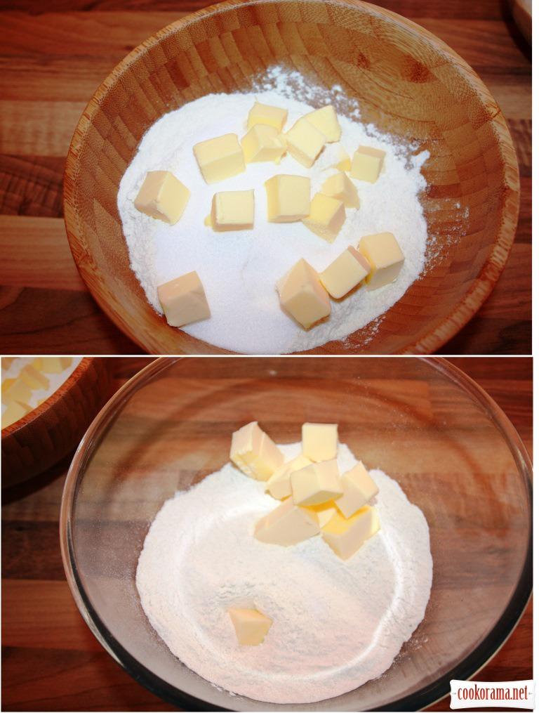 Scones (два види: класичні та сирні)