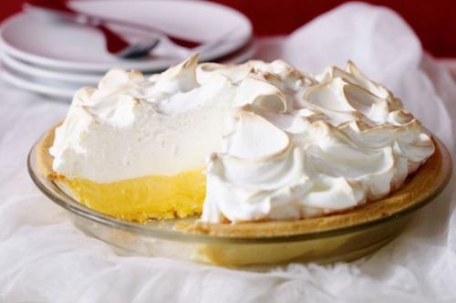 Lemon meringue pie( лимонний пиріг з меренгою)