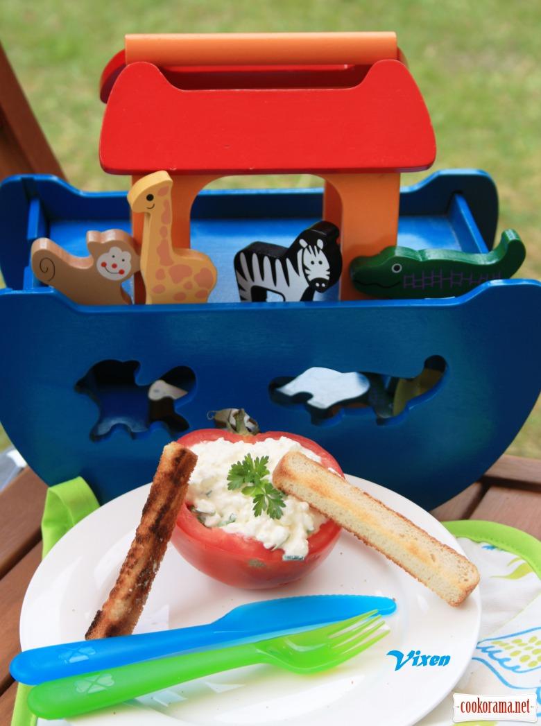 «Човники » з помідорів або змагання з греблі на вашій кухні;-)