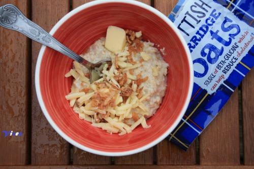 Овсянка с сыром к завтраку