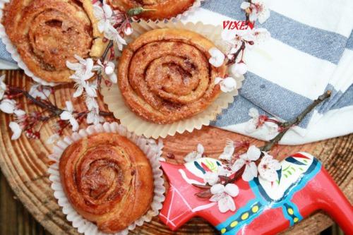 """Шведські булочки з корицею """"Kanelbullar"""""""