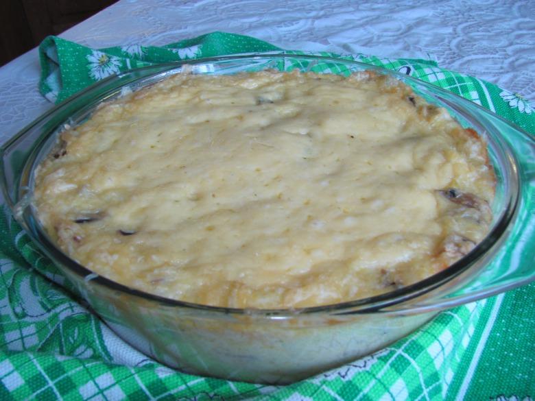 Запеканка из кукурузной крупы с грибами и сыром
