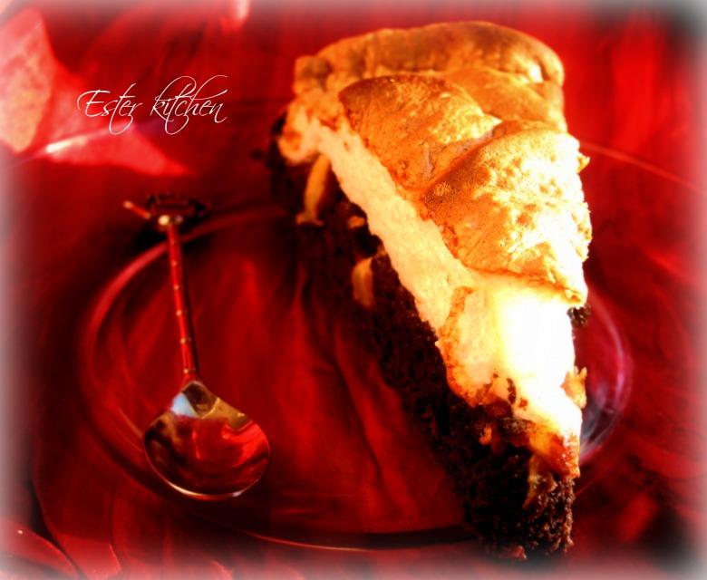 """Грушевий пиріг з карамелізованими горіхами та ніжною меренгою """"Pear garden"""""""