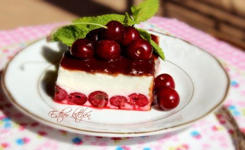 Вишнева панакота. Cherry Panna Cotta.