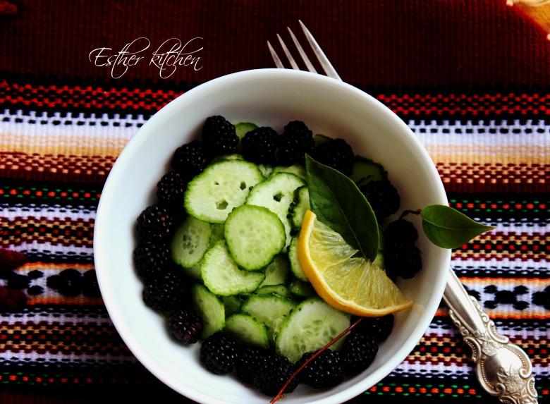 Салат з виприни та огірочків