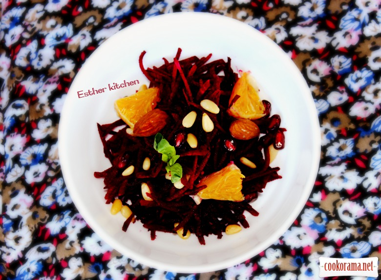 Салат «Багряное сокровище» с грядок к столу