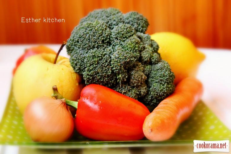 Супчик витаминный с брокколи