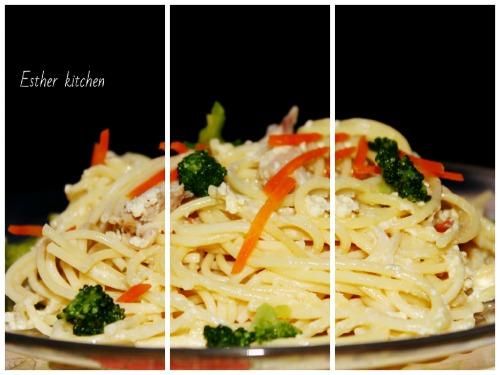 Паста с овощами, сливочным соусом и брокколи