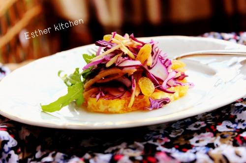 Салат з червонокачанної капусти з жменькою закарпатських бурштинових скарбів