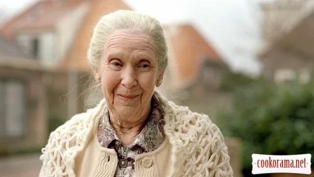 Десятиденний флешмоб присвячений  міжнародному дню людей похилого віку « Бабусині смаколики».