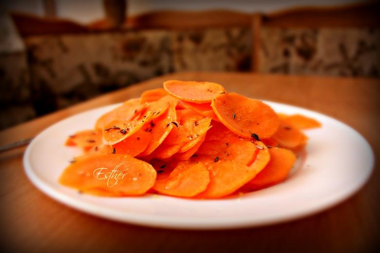 Морковь с сванской заправкой