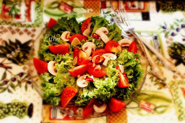 """Жовтневий салат """"Champignon&Lactuca"""""""