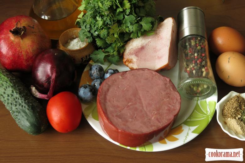 М'ясний салат з майонезом-ткемалі