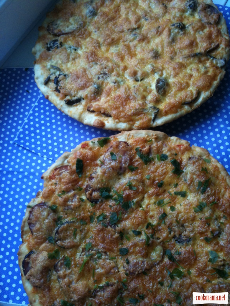 Смачненька піца