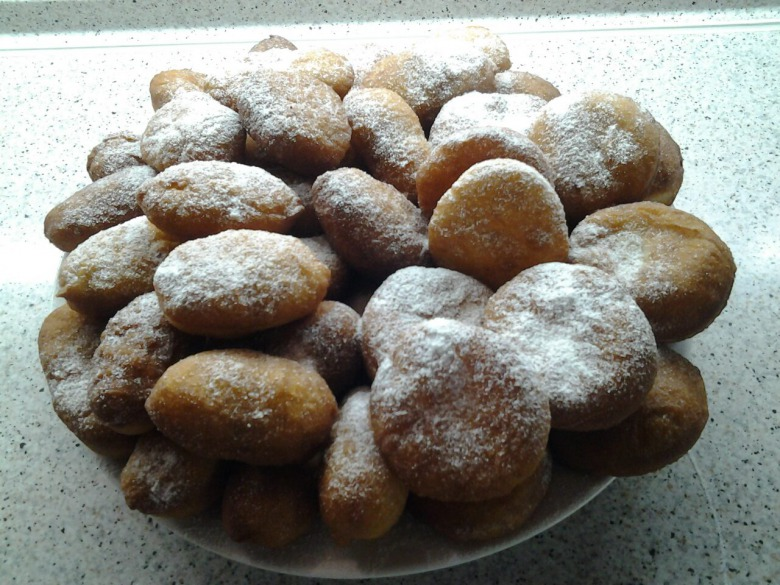 Дрожжевое тесто на пончики и пирожки