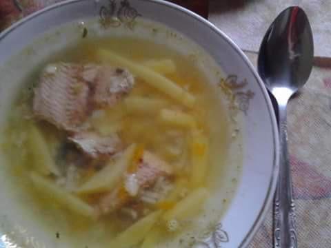 Рибний суп з рисом