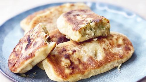 Смажені пиріжки з картоплею - Тісто на кефірі, без дріжджів, дуже смачне