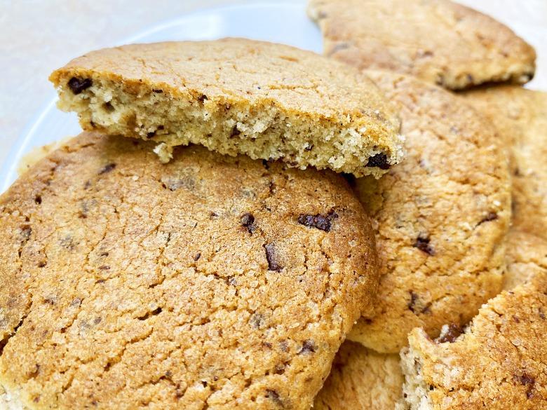 Діти в захваті! Просте печиво з шоколадом за 5 хвилин + час на випічку