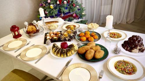 Новорічний стіл 2021 - 10 кращих страв! Меню на Новий рік 2021