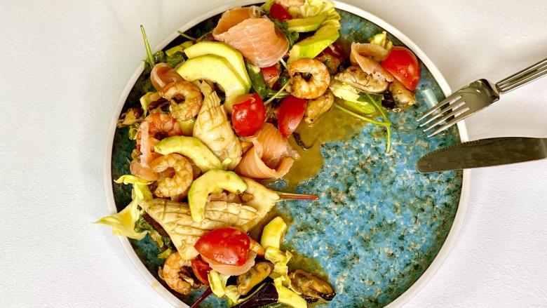Святковий салат з морепродуктами - Самий смачний рецепт