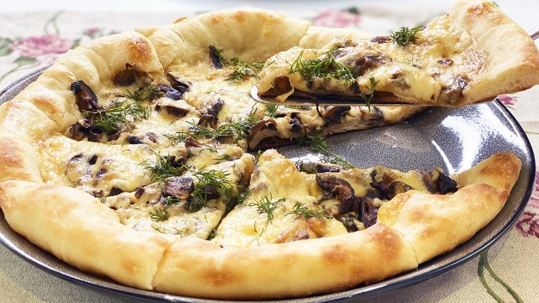 Піца з грибами, як в Італії - всі секрети приготування