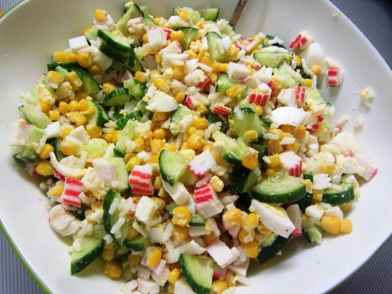 Крабовый салат на Новый год 2019
