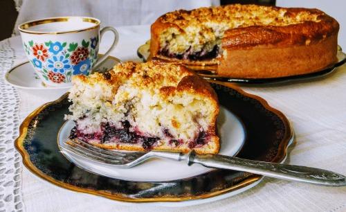 Ніжний пиріг з ягодами