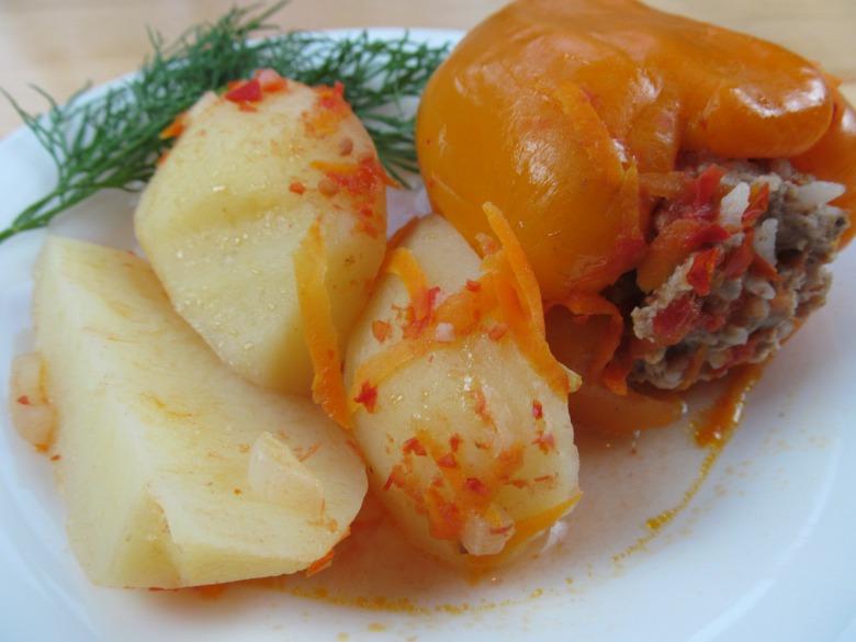 Фаршированный перец с картошкой